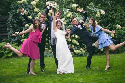 Poślubna ze świadkami