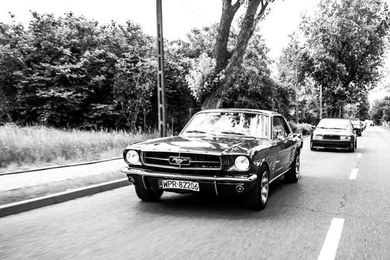Mustang samochód ślubny