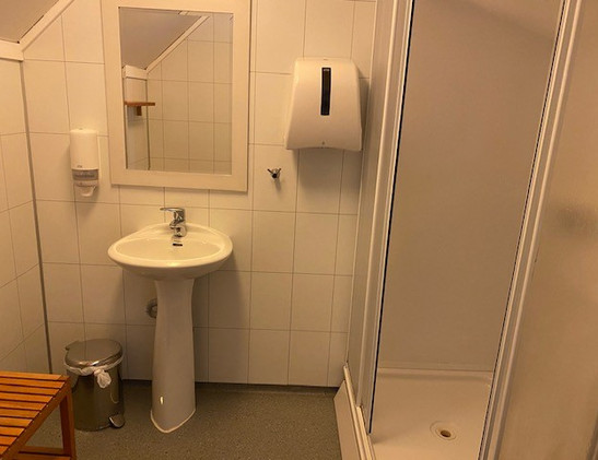 Hvide Hus - bad 2.etg.jpg