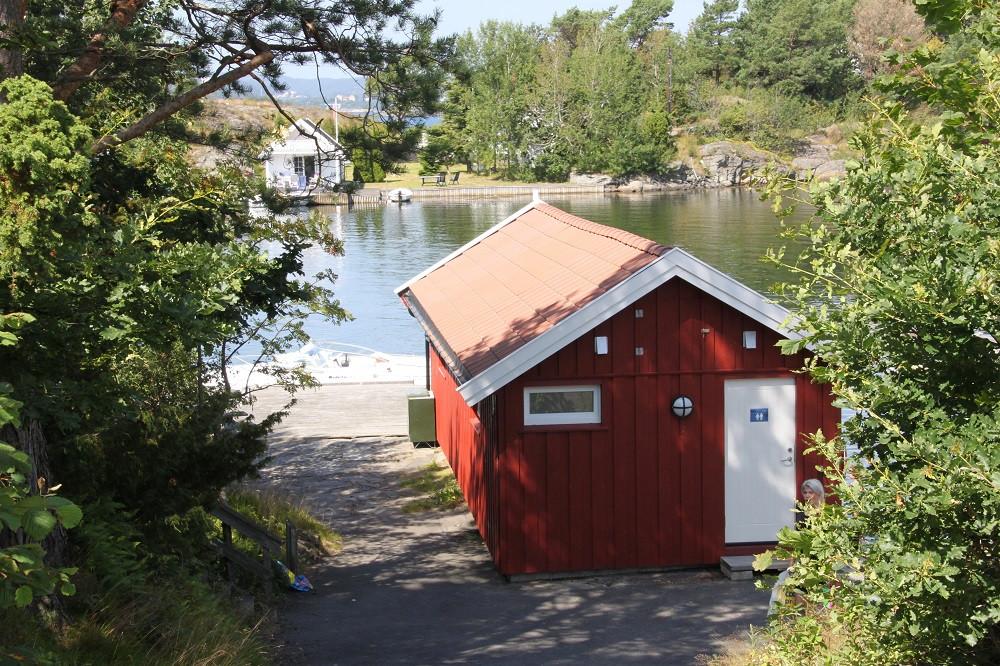 Sjøbua-ute1.jpg