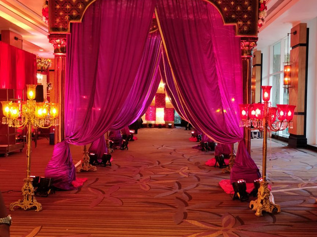 entry area decoration
