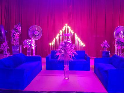 family lounge at wedding