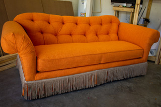 Friends Couch-02.jpg