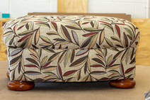 Friends Couch-35.jpg