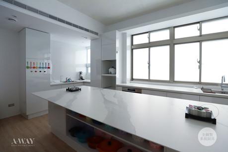 【高雄W.HOUSE】簡約純白廚房