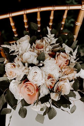 Bridal bouquet  photo credit: @RobynDawnPhotos