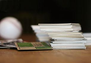 Pile de cartes à collectionner