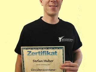 Stefan Huber absolviert Ausbildung zum Gewaltpräventions-Pädagogen