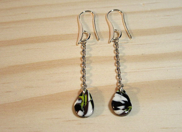 Boucles d'oreilles pendantes avec chaînes argentées