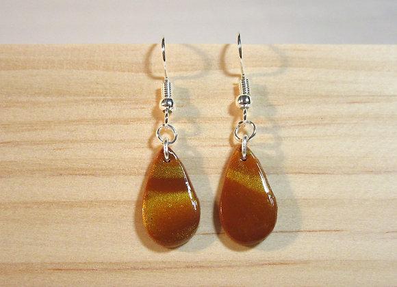 Boucles d'oreilles sur les tons marron et doré