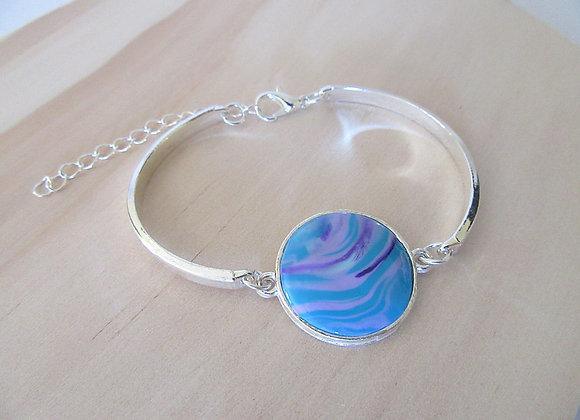 Bracelet aux nuances de bleu et violet