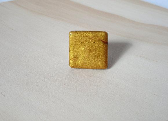 Bague carrée dorée