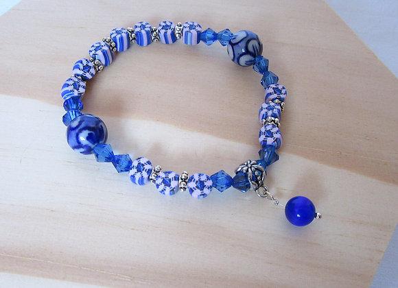 Bracelet avec perles bleues