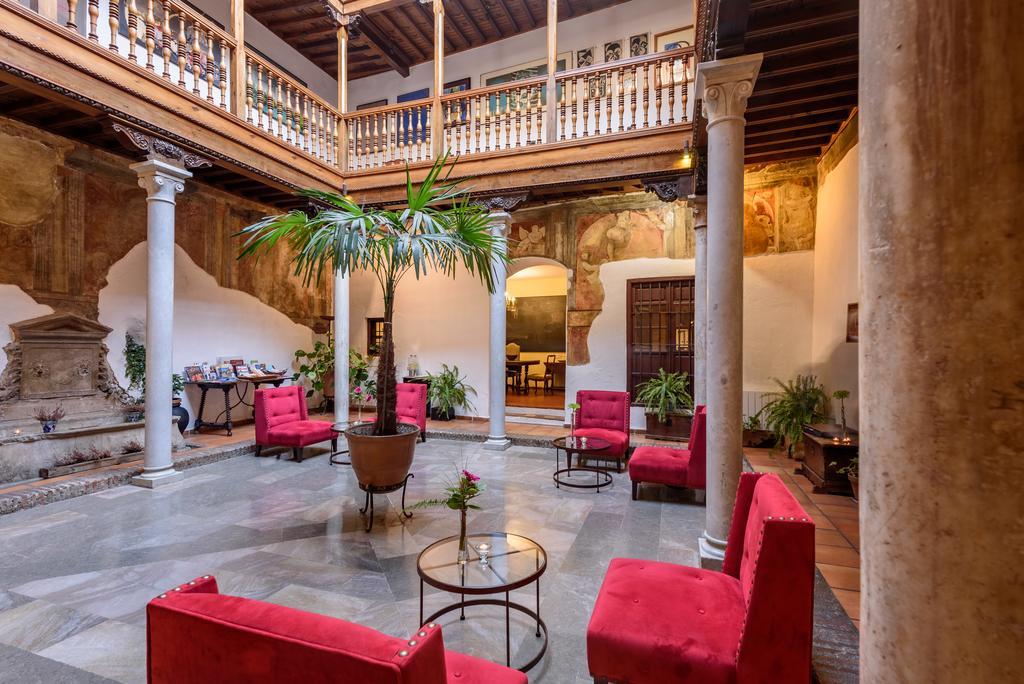 Palacio de Santa Inés