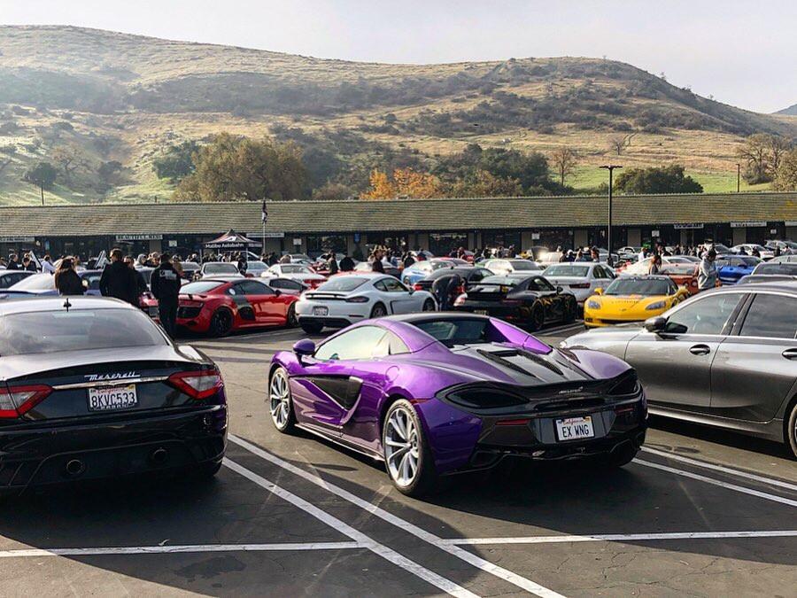 Grey Maserati Grand Turismo and Purple McLaren 520S