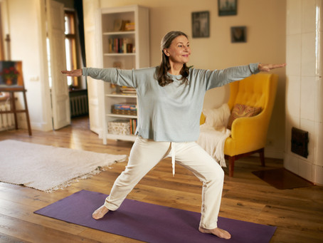 Guidet træning på video. Flow-træning dæmper stress og giver ro i krop og hoved