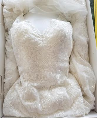 Wedding Gown Cleaning Storage Preservation Box.jpg