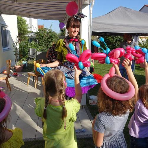 Mottoparty Alice in Wunderland -Geburtstagskind 7 Jahre
