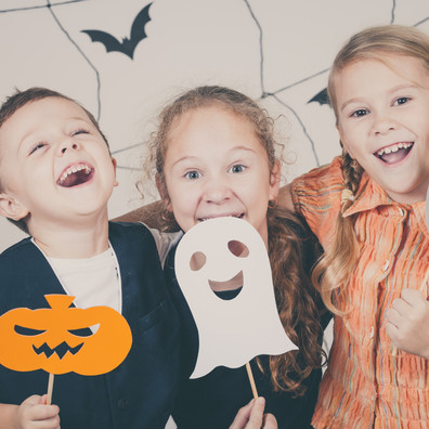 lustige Halloween Figuren basteln.