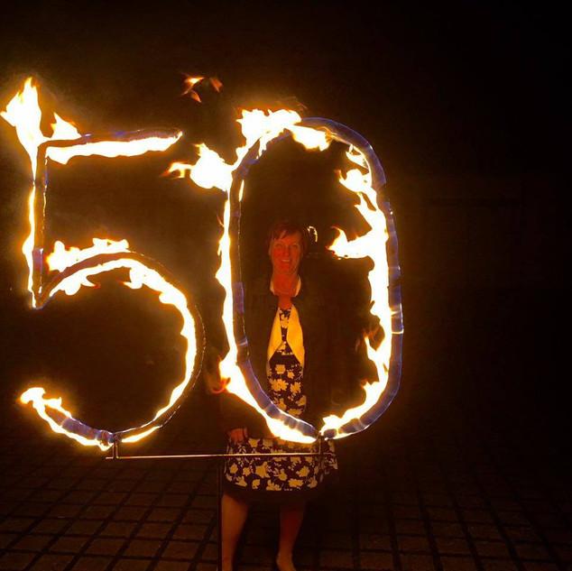 Brennende Zahl 50