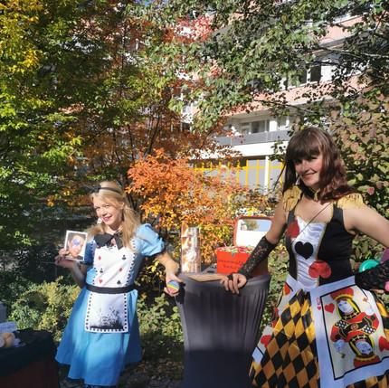 Die Königin der Herzen & Alice in Wunderland