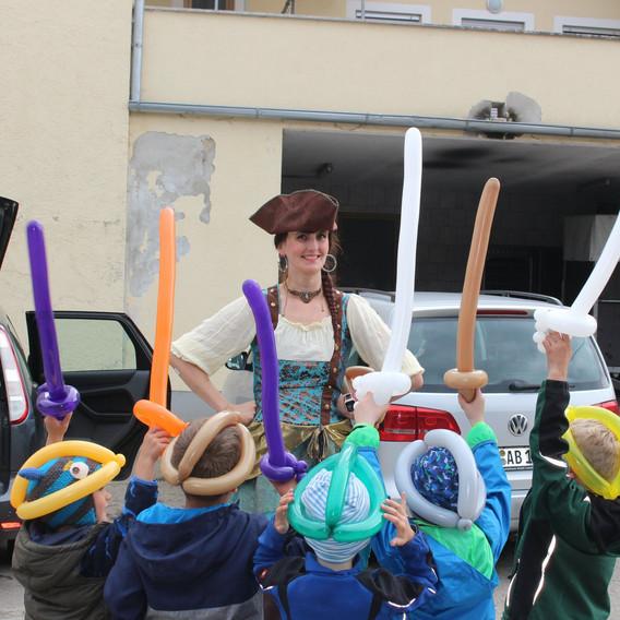 Mottopartie Piraten-Geburtstagskind 5 Jahre