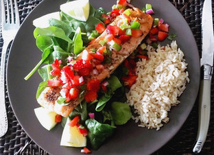 Grilled Salmon with Spicy Strawberry Salsa