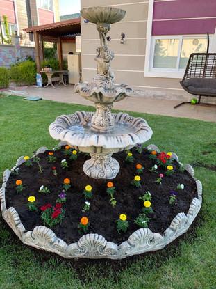 bahçehavuzları-heykelleri-fıskiye-izmirh