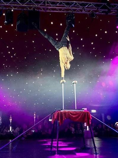 handbalance act, male hand balancer, circus artist