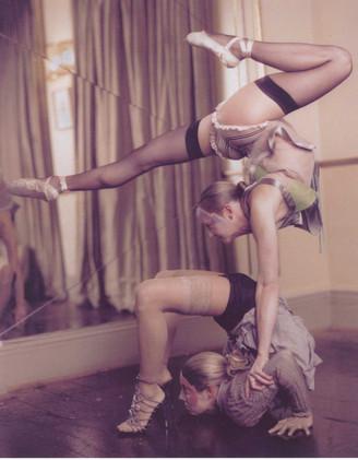 1920's duo contortion 2.jpg