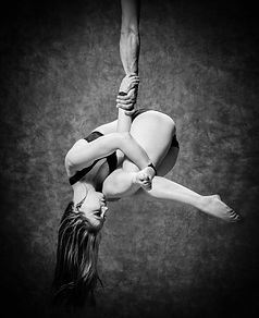 Trapeze duo, aerialist, circus, circus events, corporate events