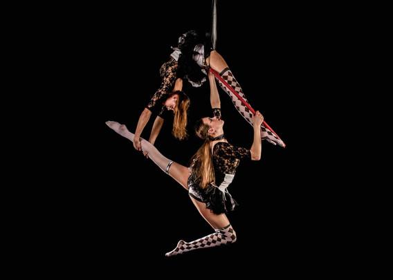 Broken circus duo hoop twins bendy.jpg