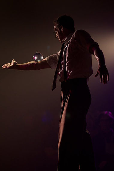 The Dream Liquid Crystal, juggler, circus acts, crystal ball act
