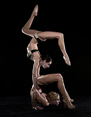 Contortion duo, contortionist, circus acts, shows, acrobalance, sister circus duo act