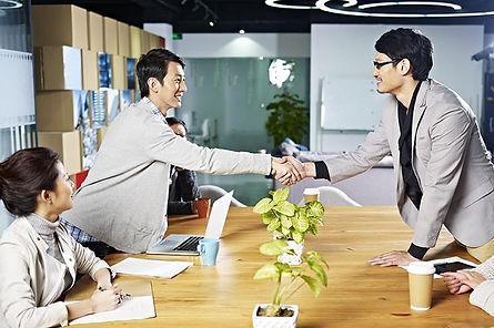 800-investor-relations-03_3000x3000.jpg