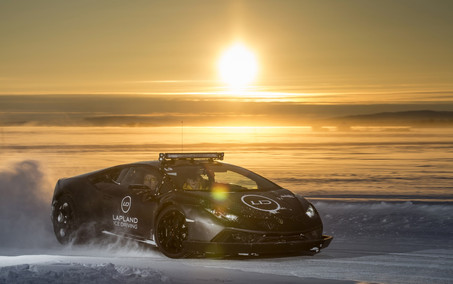 Lapland-Ice-Driving-Lamborghini-Huracan-
