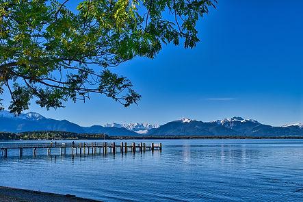 lake-5608641_1920.jpg