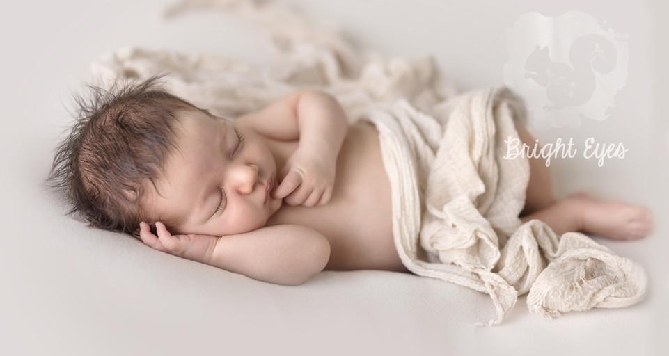 unposed-newborn.jpg