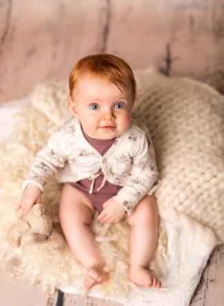 baby_girl_bright_eyes_photography_dunedi
