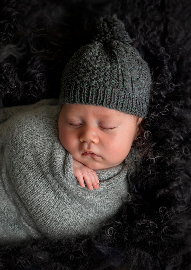 newborn-in-charcoal-bright-eyes-photography.jpg