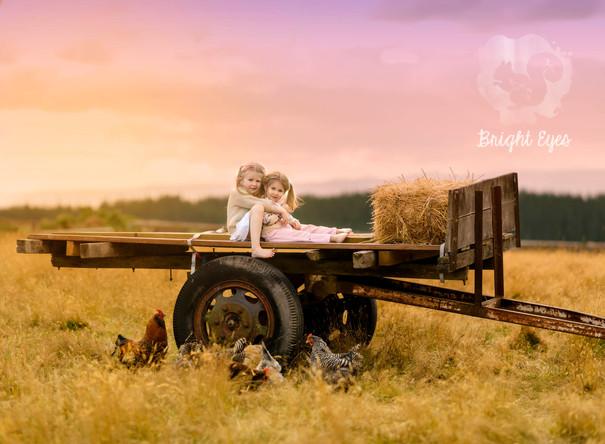 hay-wagon-chickens-children-sunset-sessi