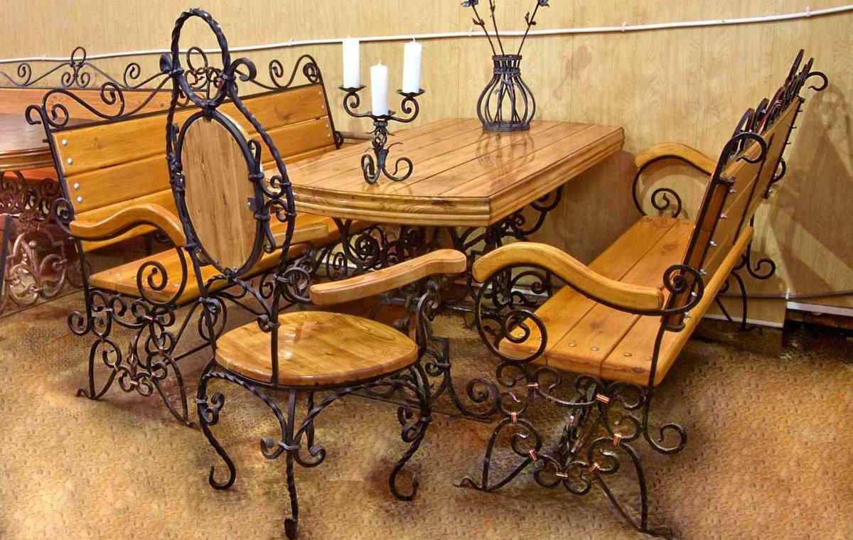 Стол со стульями (худ. ковка) М66