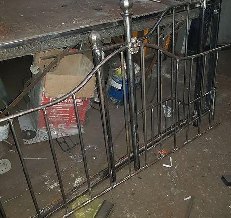 художественная ковка металлоконструкции кузня Heavymetall.org кованая кровать кованые ворота кованая мебель металлические двери решети на окна