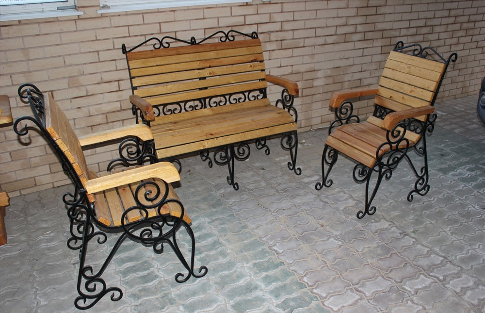Лавка со стульями (худ. ковка) М64