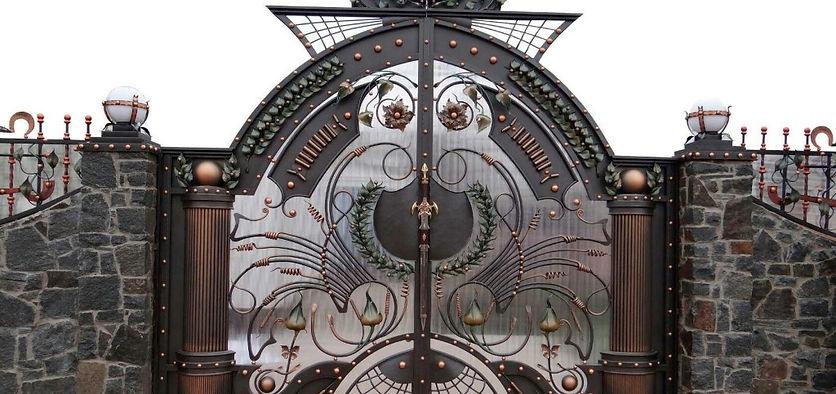художественная ковка купить кованый забор  кованые ворота кованые кровати кованые перила кованые изделия кованые мангалы кованые лестницы ковка металл ковка кованый