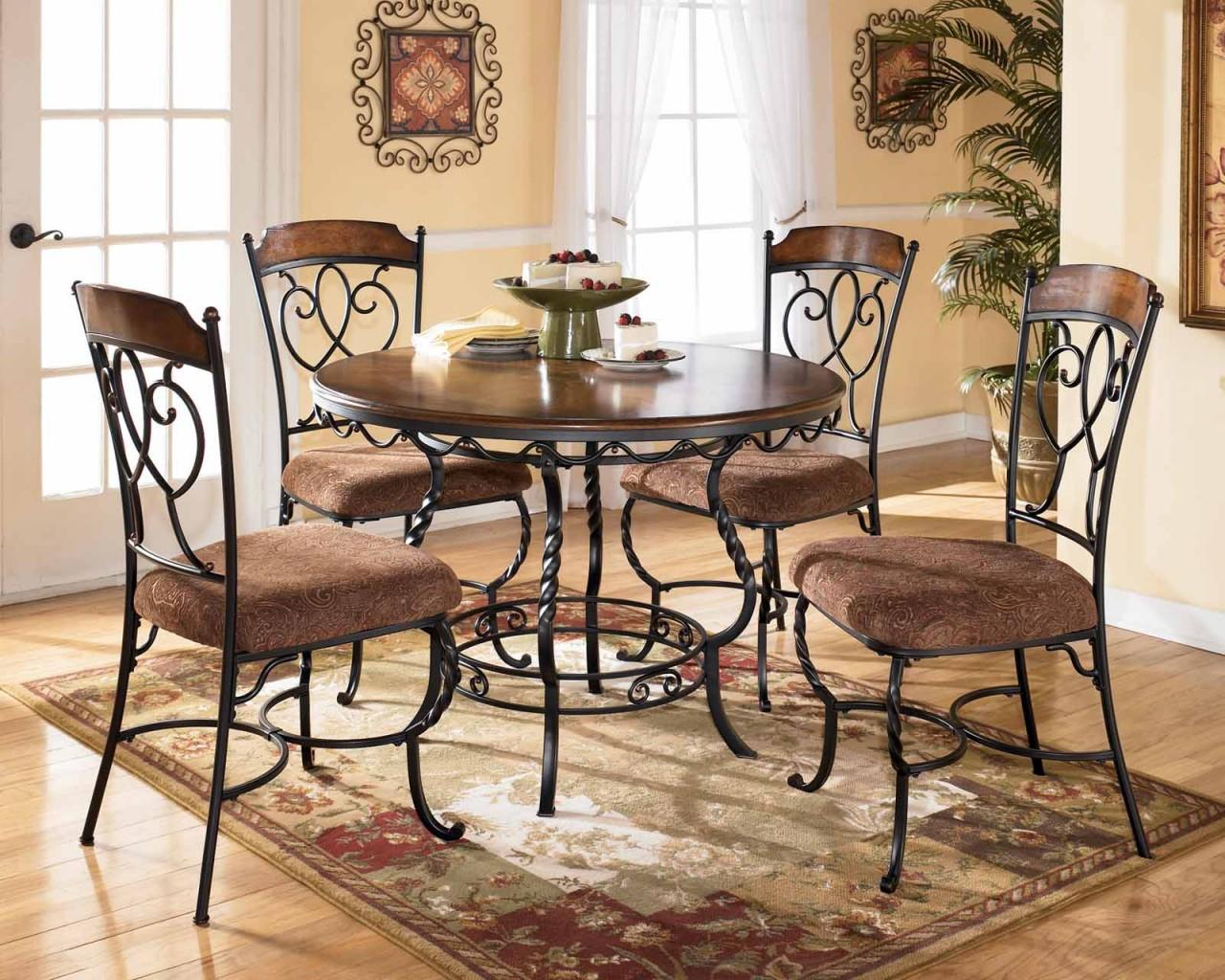 Стол со стульями (худ. ковка) М71
