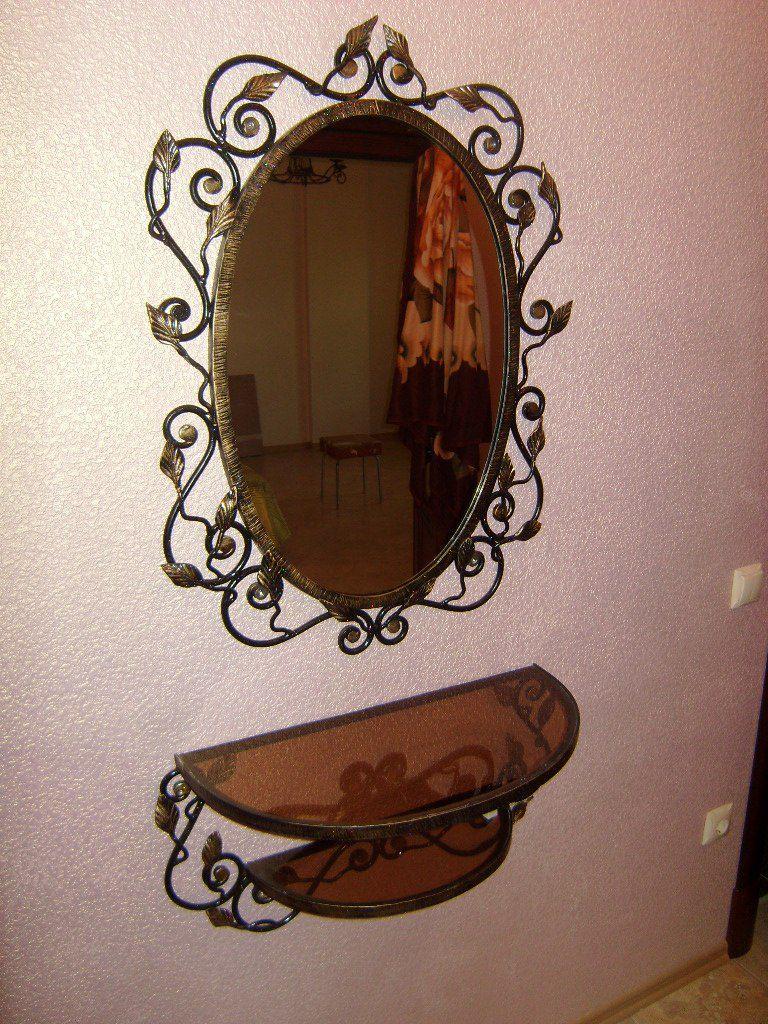 Кованое зеркало в прихожую М69