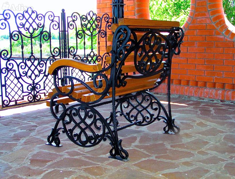 Кресло с кованными элементами М70