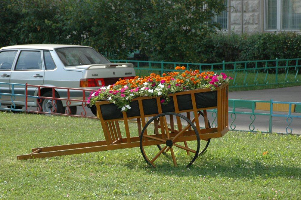 sadovaya-podstavka-dlya-cvetov-2