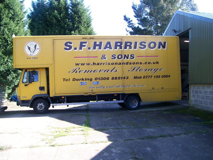 Wix com HARRISONS REMOVALS created by compdoc based on My Small Biz